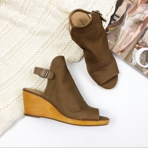 NEW Lucky Brand Slingback Leather Wedges S23